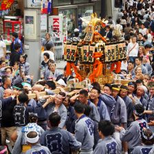 円山町のお神輿。